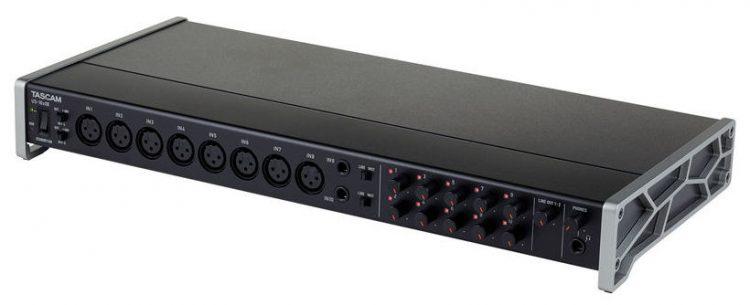 Tascam US-16x08 - scheda audio 8 preamp