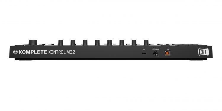 Komplete Kontrol M32 - retro